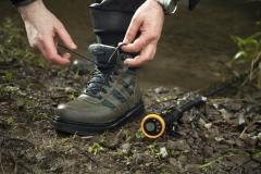Boot ,wading staff